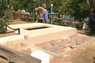 Un barbat din R. Moldova sustine ca un consatean i-a distrus mai multe morminte ale rudelor.