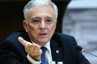 CNSAS: Mugur Isărescu a activat ca informator al Securităţii timp de 10 ani