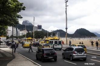 Daca nervii la volan ar fi sport olimpic, acest brazilian ar lua aur. Ce a facut un sofer de autobuz pe strazile din Rio