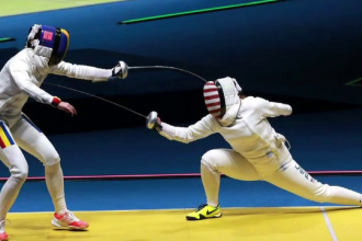 Campioanele olimpice la spada au dormit cu medaliile la gat: