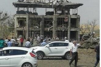 Atentat cu masina-capcana in apropiere de Diyarbakir, in Turcia. Sunt cel putin 3 morti si 25 de raniti