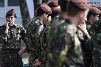 Proiect al armatei: cu ce ar putea fi inlocuit serviciul militar obligatoriu. Si fetele ar putea fi