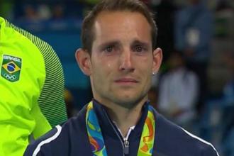 A izbucnit in lacrimi pe podium. Motivul pentru care un atlet francez a fost huiduit de publicul brazilian intreg concursul