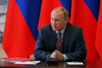 Vladimir Putin a ajuns in Crimeea. Anuntul facut de liderul de la Kremlin dupa Consiliul de Securitate al Rusiei