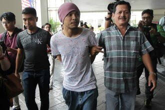 Un rapper celebru din Malaysia a fost arestat pentru ca a