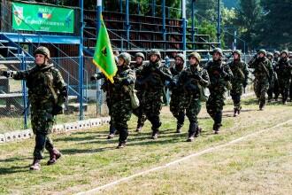Noul tip de serviciu militar, cu durata de trei luni, intra in vigoare de la 1 ianuarie. Cati tineri vor fi