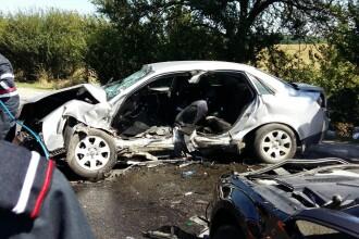 Accident mortal pe drumul pe care e o cruce la aproape fiecare kilometru. Soferul vinovat voia sa intoarca pe linie continua