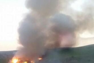 Incendiu puternic langa municipiul Cluj-Napoca. O groapa de gunoi a luat foc, iar pompierii intervin cu 4 autospeciale