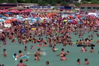 Vacanță cu buget redus, dar într-o mare aglomerație. Zona de pe litoral unde un loc bun pe plaja se obține de la 6 dimineața