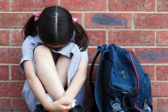 După ce a fost hărțuită online, o tânără de 12 ani s-a sinucis