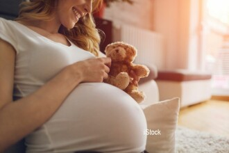O femeie va naște copilul cumnatei ei, dupa ce a aflat ca are cancer