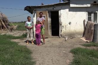 Şase persoane trăiesc într-o singură cameră, cu 500 de lei lunar