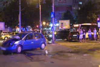 Un bărbat și o femeie, loviți pe trecerea de pietoni în Capitală