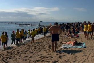 Proteste pe o plajă din Barcelona. Ce le reproșează localnicii turiștilor