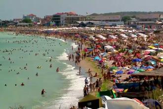 Peste 200.000 de turiști, prezenți pe litoral. Administrator terasă: