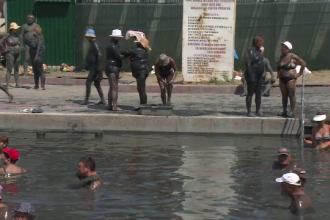 """Tratamente balneare după ureche, în lacuri neautorizare: """"La hotel cer bani să stai în saramură"""""""