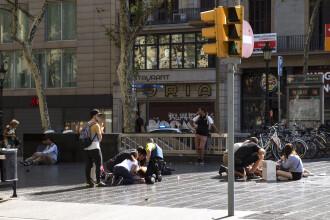 Doi dintre românii răniţi în atentatul din Barcelona au fost externaţi