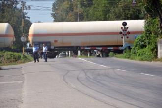 O nouă tragedie pe calea ferată. Un bătrân a murit după ce și-a salvat soția de pe șine