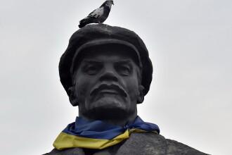 Ucraina a eliminat de pe străzi toate cele 1320 de statui cu Lenin