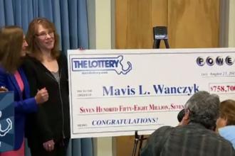 O mamă din SUA a câștigat 758 mil. dolari la Loto. Primul lucru pe care l-a făcut