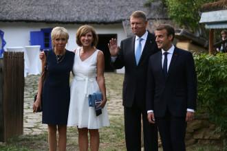 Macron, vizită la Muzeul Satului. Cuvintele învățate în limba română