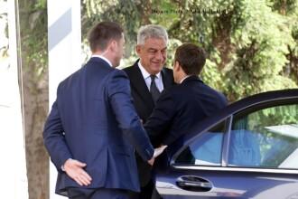 Premierul Tudose a dezvăluit ce a discutat cu preşedintele Franţei.