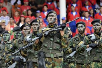 Venezuela se pregăteşte pentru o invazie americană. Exerciţiu militar uriaş, în week-end