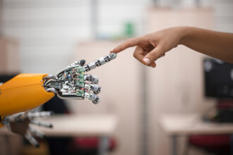 Robotul care poate depista dacă cineva suferă de boli neuropsihice
