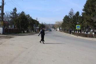 Un primar din Botoșani i-a pus la muncă pe beneficiarii de ajutoare sociale. Ce au făcut 200 dintre ei