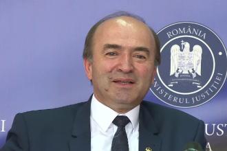 """Toader, reacție după ce a fost numit """"ministru de nota 4"""": """"Poate au nostalgiile sistemului sovietic"""""""