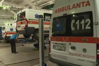 Soluția găsită de paramedicii din Hunedoara pentru a repara o ambulanță defectă de 5 luni
