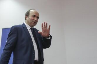 Primele consecințe ale OUG. Demisie la Ministerul Justiției și protest al judecătorilor