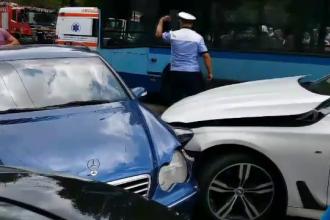 Tamponare în lanț, în Târgoviște. Patru mașini au fost grav avariate