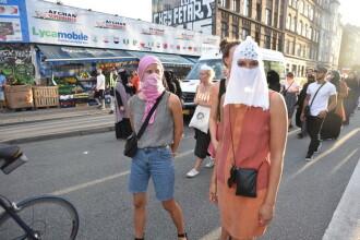Protest inedit în Danemarca. Motivul pentru care oamenii și-au acoperit chipurile cu văl islamic
