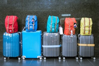 România rămâne fără locuitori: peste 50% dintre români vor să plece în străinătate. Ce țări preferă