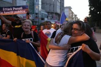 """Mesajele românilor care vin din diaspora la mitingul din București: """"Aducem democrația din Vest"""""""