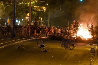 Filmul protestului din Piaţa Victoriei. Violenţele în urma cărora 65 de oameni au ajuns la spital