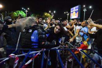 Ce a strigat la manifestanții care o atacau Ștefania, femeia jandarm rănită la protest