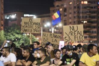 Filmul protestului pașnic de sâmbătă: fără instigatori, fără jandarmi special echipați