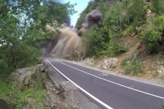 Stâncă, detonată pe Transfăgărășan. Au rezultat 250 de tone de bolovani