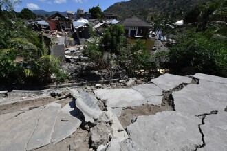 Cutremur cu magnitudinea 7 în Lombok, al doilea în aceeaşi zi