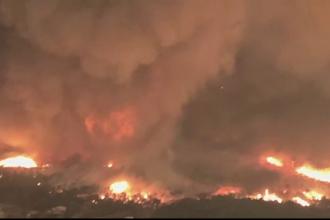 Fenomen rar în California: tornadă de foc și fum înaltă de 12 km. Temperatura înregistrată în interior