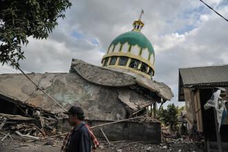 Cel puţin 10 morţi după ce un nou cutremur, cu magnitudinea 6,9, a lovit insula Lombok