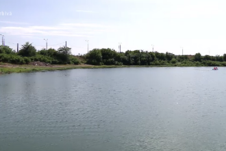 Două adolescente dispărute în Dunăre. Fetele s-au dus la scăldat pe o plajă neamenajată