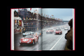 Suma record cu care s-a vândut un Ferrari din 1962. Cui i-a aparținut mașina