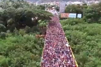 Imagini dramatice din Venezuela. Mii de oameni fug din țară, din cauza sărăciei. VIDEO