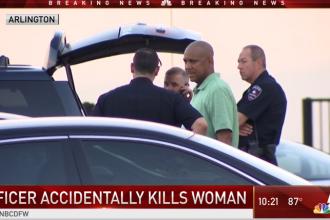 Femeie din Texas, ucisă de polițiștii chemați să o salveze