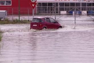 A fost potop la Târgoviște şi a venit frigul! Vremea s-a răcit cu 10 grade Celsius