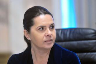 Deputata Adriana Săftoiu, mușcată grav de un câine, duminică, într-un cartier din Capitală
