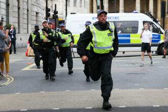 Adolescent arestat, bănuit că ar fi aruncat un copil de la etajul 10, în Londra